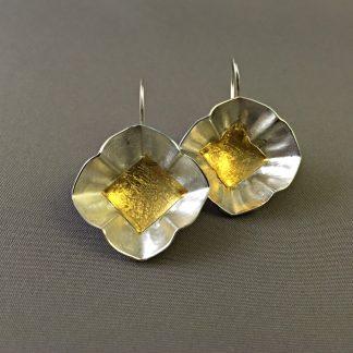 Zilveren oorbellen